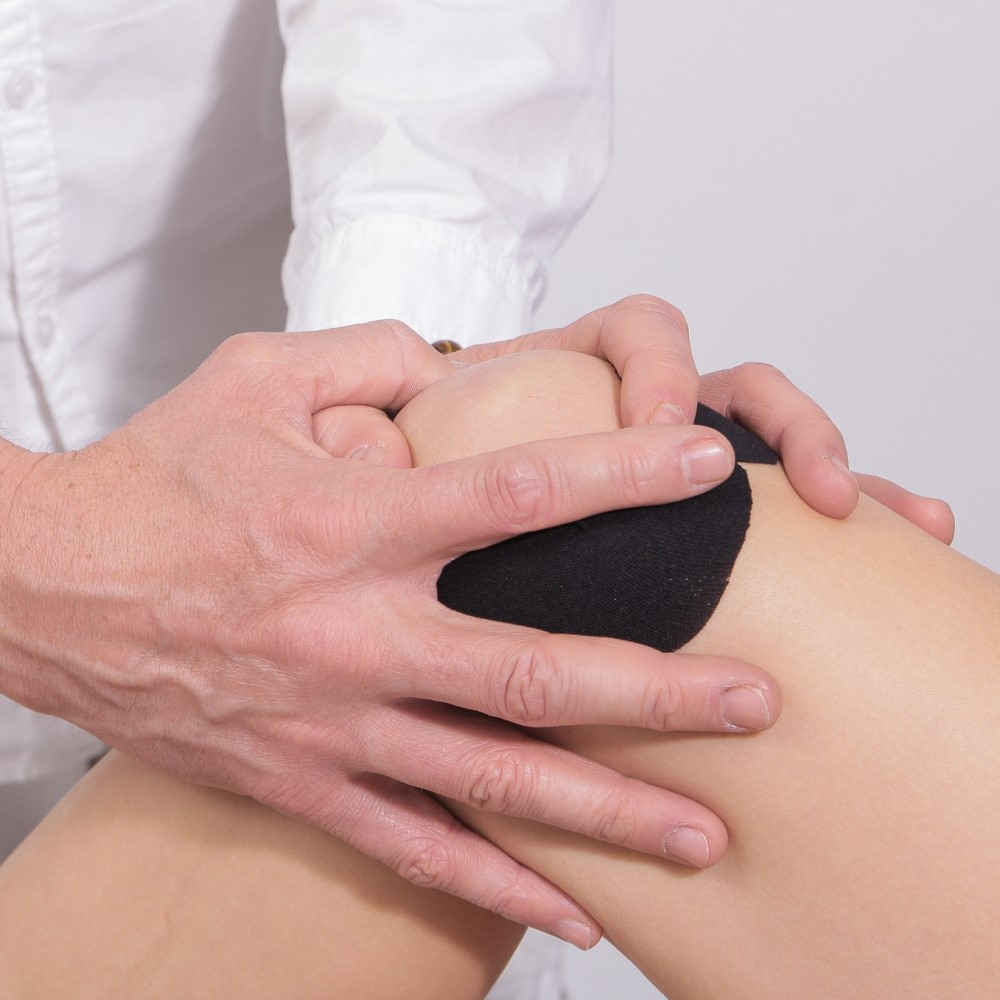 Knee Osteoarthritis – Physiotherapy vs Corticosteroid Injection